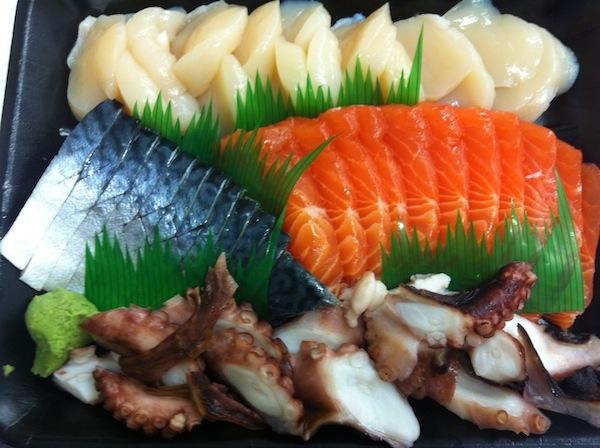 Tsukiji sashimi platter