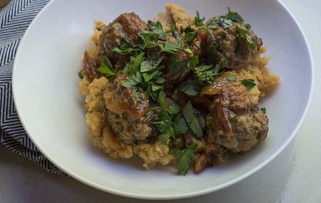 chorizo-meatballs-decisive-cravings-plate