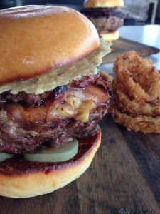 Jimmys Burgers onion ring burger