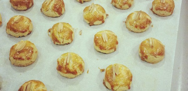 Home Chef's #4 - Lunar New Year Almond Cookies