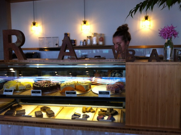 Combi Coffee Raw Bar