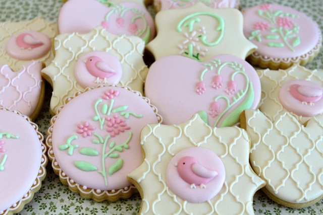 Buying your first Piping Bag Set Miss Biscuit Birds and Flowers
