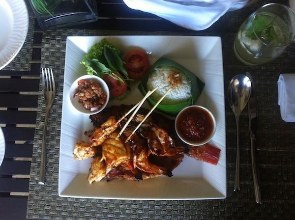 Mulia Bali The Cafe seafood basket