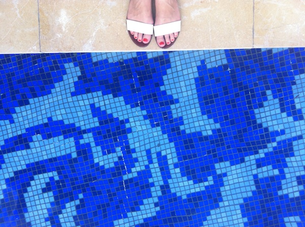 Mulia Bali toes and pool
