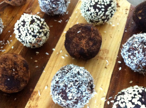 Raw date and coconut truffles close with blur final