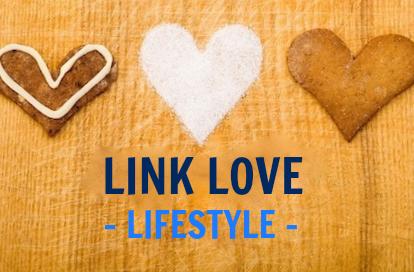 Link Love Lifestyle under heart