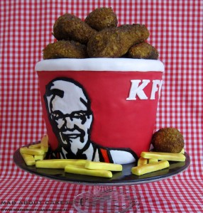 Mad ABout Cakes KFC bucket