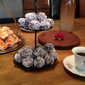 Recipe: Chokladboll (Chocolate Balls)