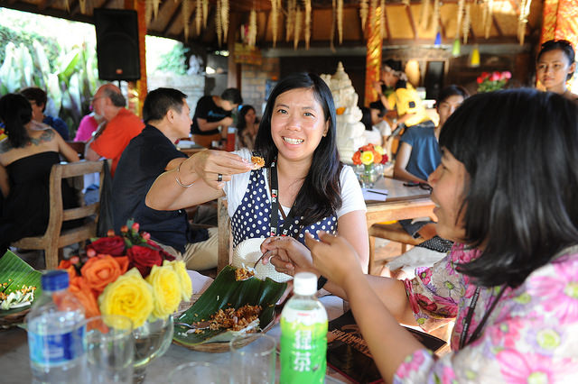 UFF Happy festival goers by Anggara Mahendra