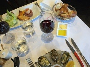 BISTRO THIERRY TARTARE AND OYSTERS