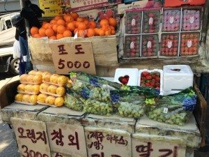 Seoul Food  Fruit off the back of a van