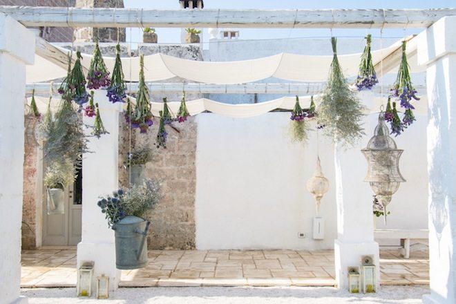 Masseria Potenti_decori floreali piscina