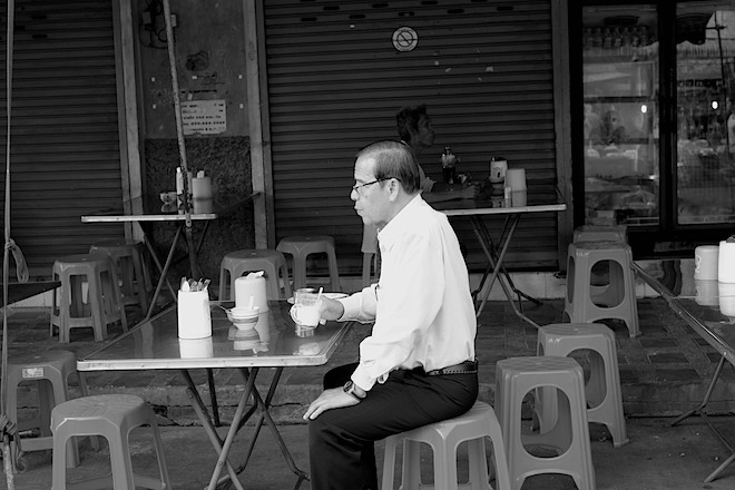Street Life in Phitsanulok black and white