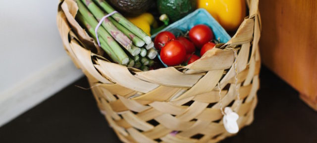 10 Ways to Be a More Conscious Food Shopper