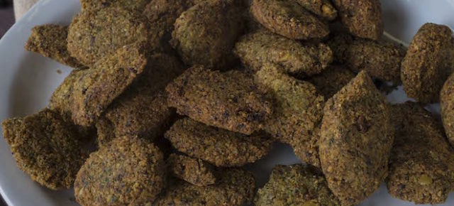 Homemade Eritrean Falafil Recipe (Falafel)