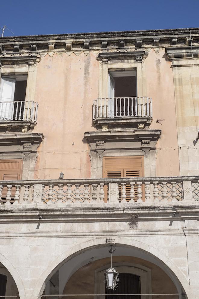 Catania building 12 Hours in Catania Sicily