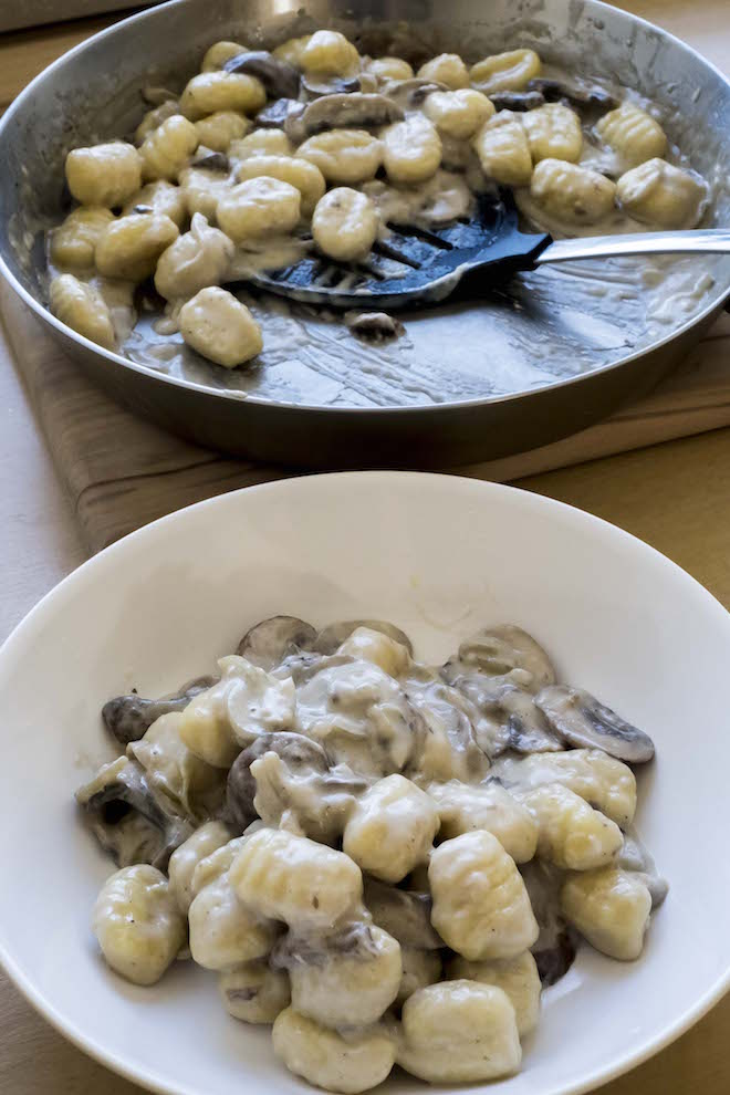 Gnocchi with Creamy Mushroom Sauce Recipe pan and bowl