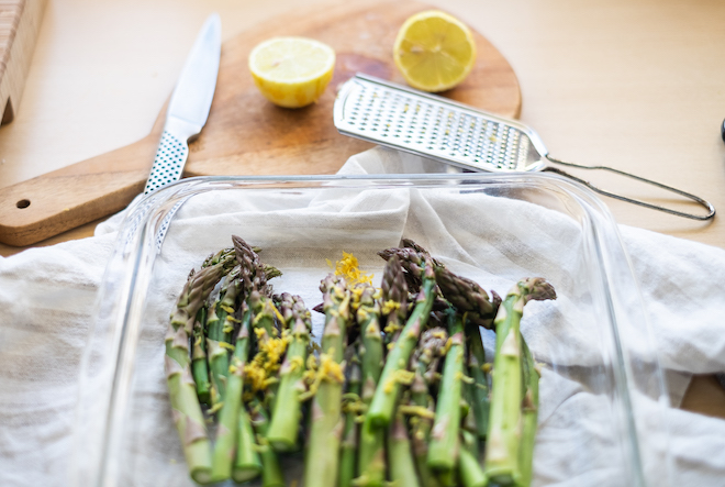 Baked asparagus with lemon recipe and cutlery website