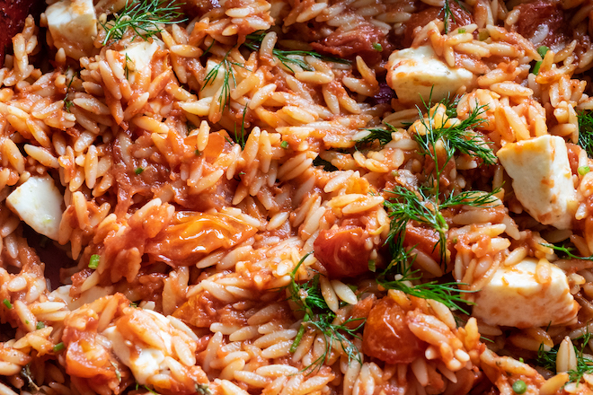 Tomato risoni / orzo with dill and mozzarella up close site
