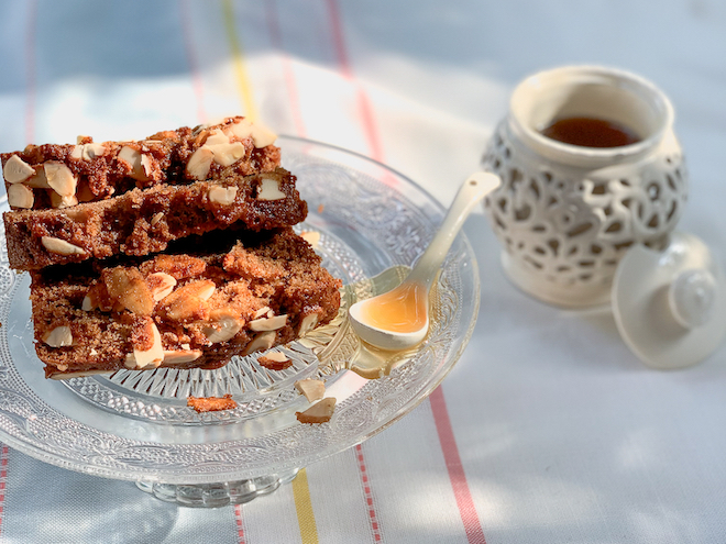 Spiced honey cake with pot website