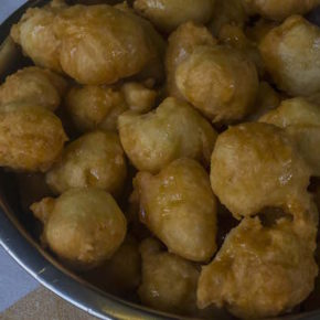 Eritrean Doughnuts with Honey