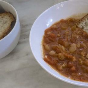 Tomato Cannellini Bean Soup